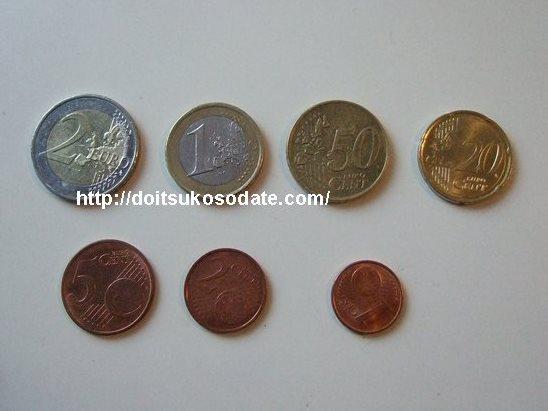 ユーロ札とユーロコイン:ドイツ...